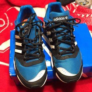 Adidas Forum Lo Crazylight shoes